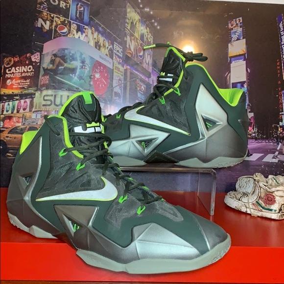Nike Lebron 1 Dunkman Basketball Shoes